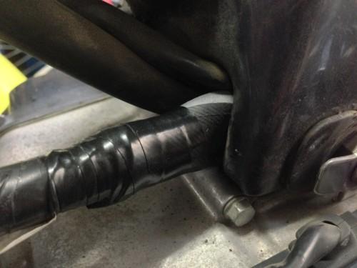 ホンダ カブのエンジンが吹け上がらない症状
